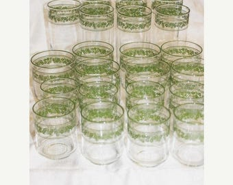 20% Off Sale LOT of 22 Vintage Spring Blossom Crazy Daisy Tumbler Juice Glasses Corelle Pyrex