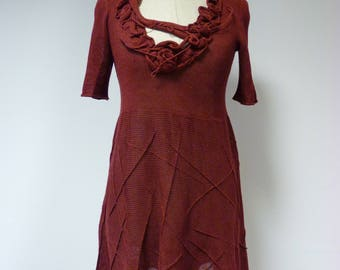 The hot price, ruby linen tunic, S size.