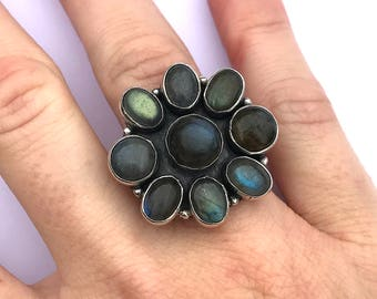 Vintage 1990s Flower Ring in Sterling Silver with Labradorite