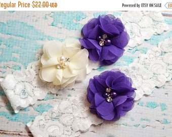 ON SALE Wedding Garter, Ivory & Purple  Garter Set, Beach Wedding Garter,  Off White Lace Garter, Keepsake Garter, Toss Garter, Purple Garte