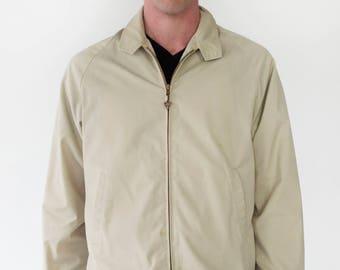 Arrow Mens Vintage 1960s Lightweight Zip Up Beige Golf Jacket Arrowhead Zipper Mesh Lining Back Yoke - Medium