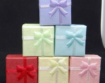 "Ring Box with Bow and Lid, 6 Colors. 1.5""x1.5""x1.25"", with insert"
