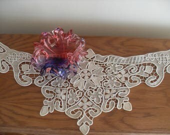 "Macrame Table Cloth,Centerpiece, Bulgaria,100/38 cm/39,27/14,96""  Point Lace Style Crochet Doily Floral Pattern"