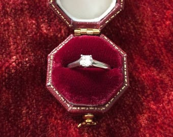 Gorgeous Vintage Tiffany & Co. engagement ring