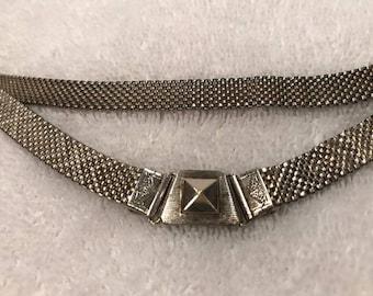"""Vintage 1930's Silver Mesh 15 1/2"""" Choker"""