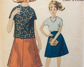 Advance 3260 girls sub-teens blouse and skirt size 14 bust 33 waist 26 vintage 1960's sewing pattern