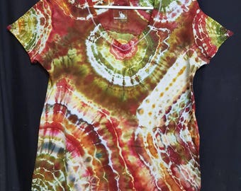 Ladies Size 12 Ice Dyed T Shirt