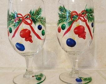 Christmas Cheer - Wine Glasses