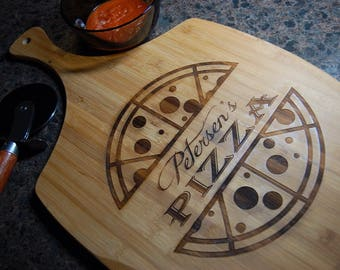Personalized pizza board,  personalized pizza peel, pizza tray, housewarming gift, wedding gift, personalized gift, anniversary, christmas