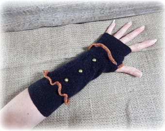 Black Armwarmers, Goth Gloves, Fingerless Gloves, Upcycled Hand Warmers, Punk Wristwarmers, Steampunk Gloves, Recycle Mittens, Soft Cashmere
