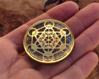 Golden Rainbow Archangel Metatron's Cube Crystal Orgone Energy Sacred Geometry Meditation  40mm Dome Pendant Necklace Ormus Orgone Moldavite