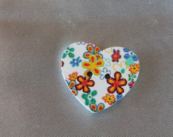 button, sewing, big floral heart, two holes, diam 25 m