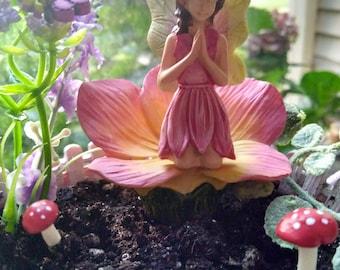 Praying Fairy   Kneeling Miniature Garden Fairies Pink Dress Figurine  DIY  Succulent Terrarium Mini Dish
