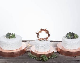 Hammered Copper Cake Stand ~ Copper Copper Cake Plate ~ Metal Cake Stand ~ Modern Cake Stand ~ Industrial Cake Stand ~ Garden Wedding
