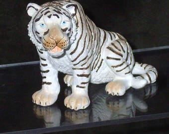 Vintage Schleich White Tiger Model for African Diorama or Teaching Model or Gift for Tiger Collector, Retired Schleich Model Hand Sized