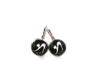 Sleepers cabochons - stem black stainless steel - glass 12 mm - stud earring - cat - hypoallergenic / Cats earrings