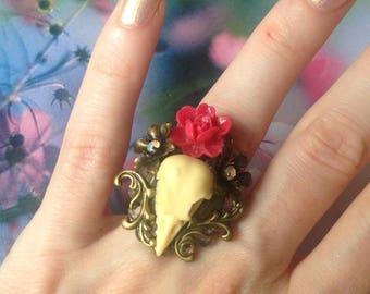 Red rose bird skull Adjustable ring and metal flower