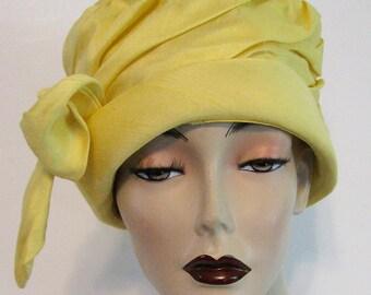 Vintage Easter Hat Cloche Yellow Linen Size 22 Union Label