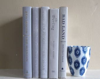 Decorative Book Set in Light Gray, Shades of Gray Book Bundle, Wedding Centerpiece Books, Home Staging, Farmhouse Books