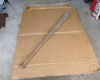 antique baseball bat wooden,vintage baseball bat,unmarked the bomber.34 inches,weighs 2 lbs