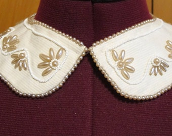 Beaded 1950s Removable Collar