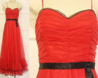 Stunning 1970s Red Black Maxi Strappy Ballgown Dress / Beetlejuice Gown  / Goth Wedding / Seventies Prom / Punk Christmas / New Years Gown