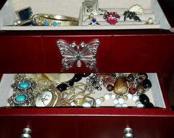 Vintage Jewelry Box Lot / Lot of Jewelry / Destash / Estate Jewelry / Handmade Jewelry / Estate Sale / Junk Jewelry / Sale/CIJ /Jewelry Box