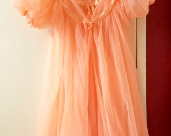 Gorgeous Vintage Peach Peignoir Set by Jenelle Of California, Mid-Century Hollywood Glamor Flouncy, Puffs, Ribbons, Gathers & Ruffles Galore