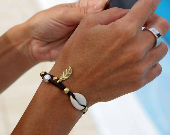 Bracelet Mod. Eider, with brass, pearl, friendship bracelet, anteline bracelet, vegan bracelet, nickel free, water resistant, free shipping