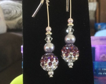 Just a fun little sparkly pair of earrings!