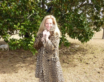 vintage faux leopard swing coat with extra wide collar and deep pockets