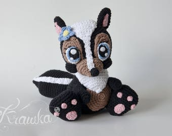Crochet PATTERN No 1731 Miss Skunk Flower crochet pattern by Krawka, cute girly skunk crochet animal bunny