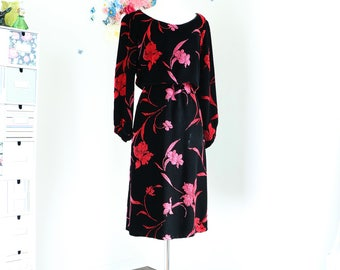 1940s Dress - Boho 40s Black Velvet Floral Midi Tapestry Dress - S/M - Textured - Handmade - Long Sleeve - Fall Winter - Pink Red