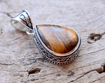 Beautiful Vintage Tigers eye Gemstone Pendant - 925 Sterling Silver - Silver Pendant - Jewelry gift for her #06