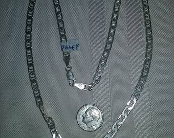 """Beautiful Sterling Silver 925 Box Link Chain. 18"""" long with A Lobster Clasp. Excellent Condition!"""