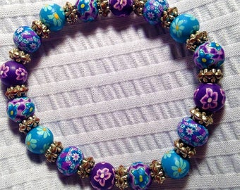 Flower beaded bracelet. FREE shipping in the USA! Gift box included!