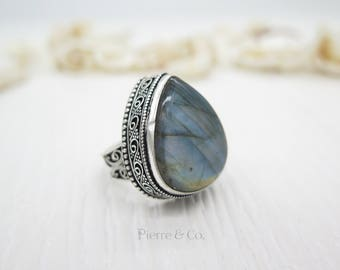 Antique Blue Fire Labradorite Sterling Silver Ring (Size 8)