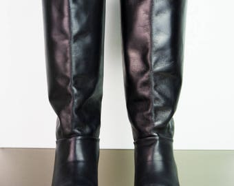 Black vintage leather ankle boots 39