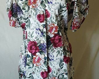 All That Jazz Size 9/10 1990s Floral S/S Rayon Button-Up Floral Dress Artsy Day Dress Office Wear Boho Dress 90s Midi Dress Summer Dress