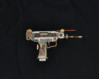 Small Steampunk Toy Prop Gun Cosplay Costume Weapon Accessory Watch Clock Gears Rivets Gold Silver Copper Post Apocalyptic Battle Nerd Gift