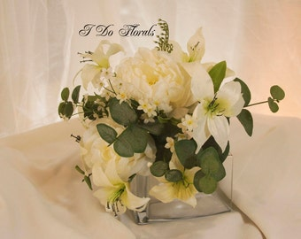 White Bridal Bouquet, White Lily, Rose and Peony Bridal Bouquet, Romantic Wedding Bouquet, White and Green Brides Bouquet, Bridal Bouquet