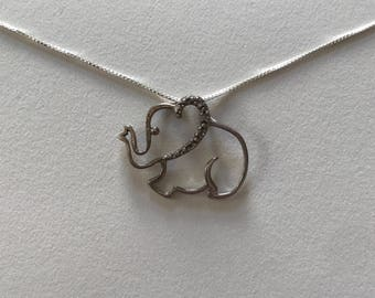 Vintage Diamond Chip 925 Sterling Silver Filigree Elephant Light Petite Open Pendant Necklace
