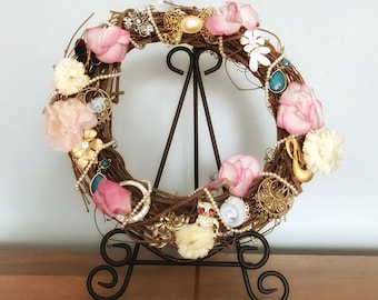 Grapevine Wreath, Grapevine Decor, Grapevine and Flower Wreath, Wreath For Front Door, Recycled Flowers, Upcycled Recycled Repurposed