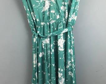 VINTAGE green white floral white collar sleeveless dress UK 10/12 tie belt