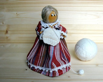 Swedish / Souvenir Doll / Knitting Granny / Folk Doll / by Kersti Danell / Folk Art / Scandinavian / Rustic / Home Decor / Granny/ Gift Idea