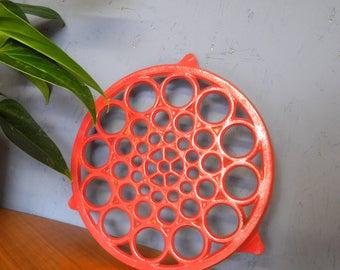 Vintage pot trivet