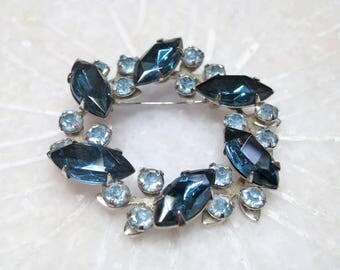 Vintage Blue Rhinestone Wreath Brooch / Montana Blue Faceted Marquise Glass / Baby Blue Crystal / Wedding / Sparkly Pin / Silver Tone (D821)