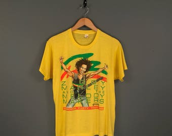 1988 Ziggy Marley and The Melody Makers Tour T-Shirt. Paper Thin Vintage 80s Ziggy Marley Conscious Party Tour Screen Stars Tee.
