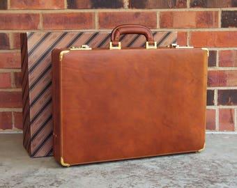 Italian Dark Tan Leather Attache Briefcase - Cepi Pelletterie - With original box & cover - Hand made in Italy - in EX cond