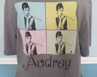 Classic Vintage Andy Warhol - Retro Audrey Hepburn/Breakfast at Tiffany's/Holly Golightly Crop Top T-Shirt-Small-Gray/Pink/Blue/Green/Yellow